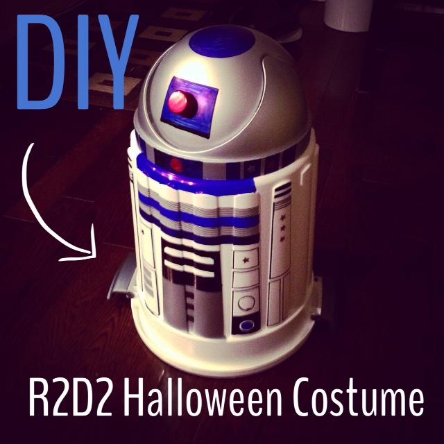 DIY R2D2 costume