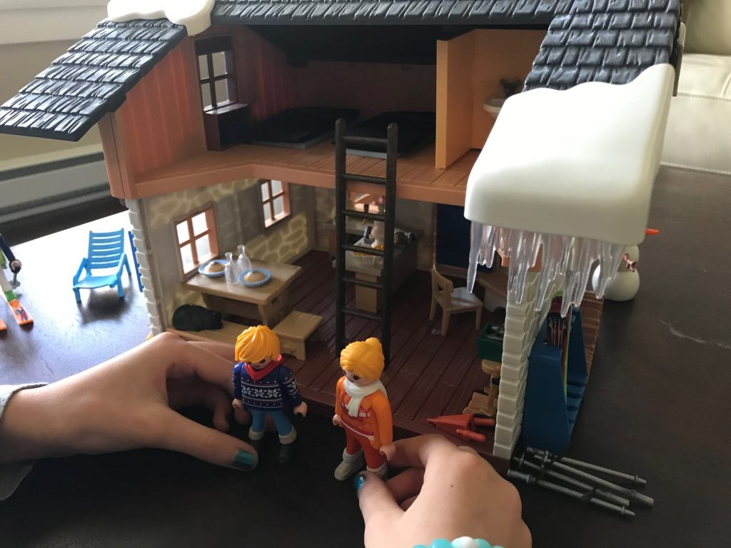 Playmobil_ski_lodge