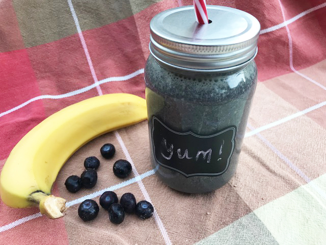 Easy blueberry smoothie recipe