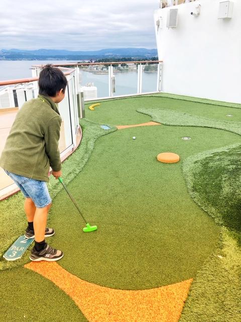 Norwegian Joy Mini Golf