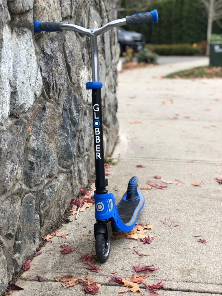 Globber Flow 125 scooter