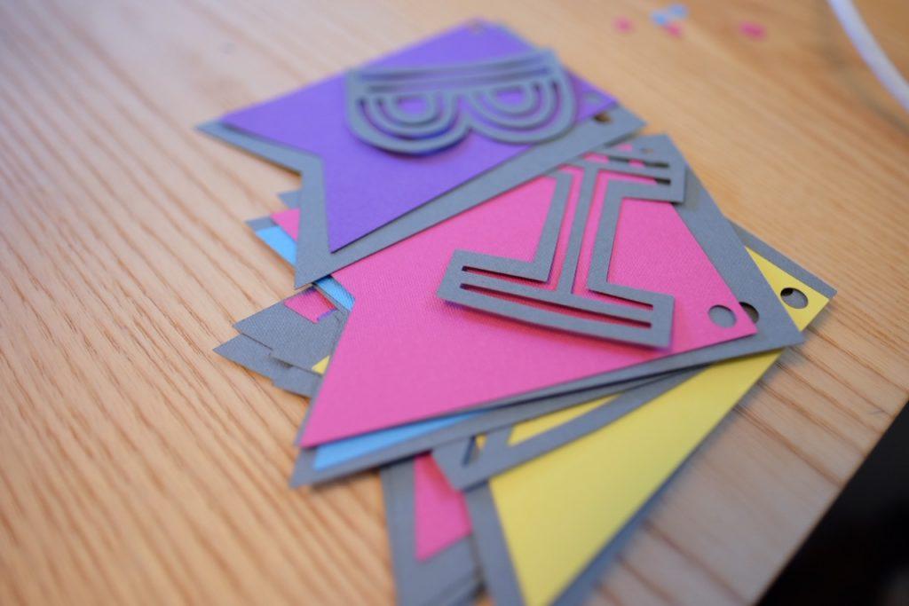 Cricut pennant banner project