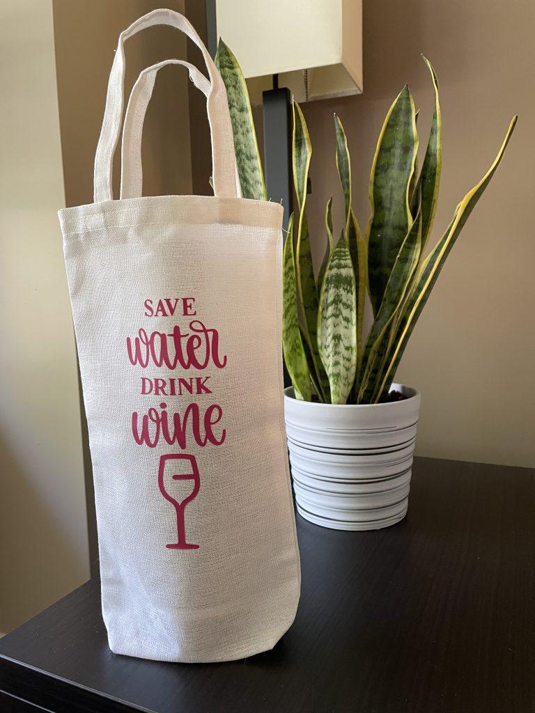 Cricut Wine Bag design